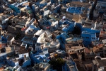 The houses belonging to the high cast (Bhramans) are painted in blue and are suited around the Mahrangarh Fort. Jodhpur is also called the blue city.
