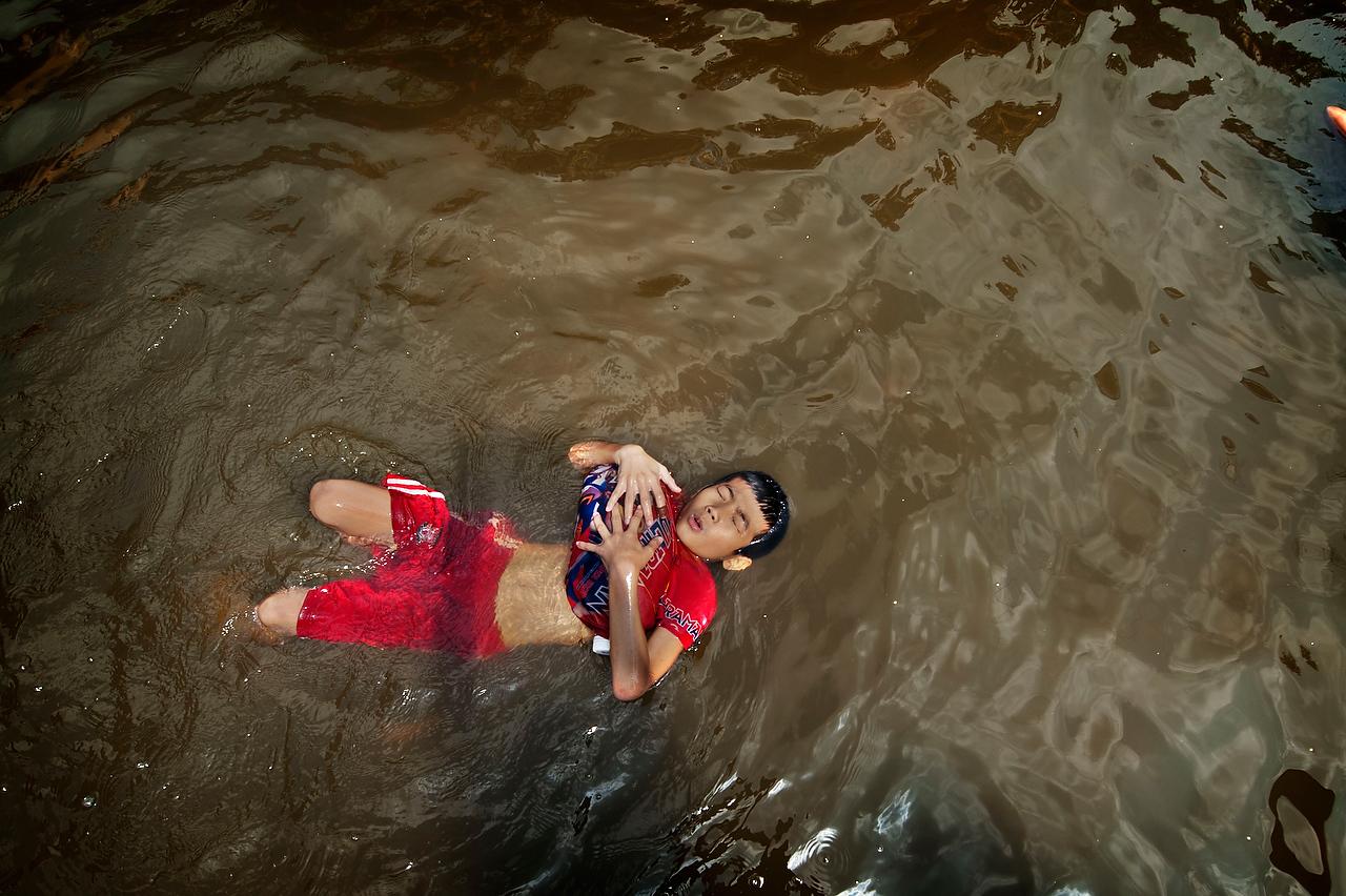 20111031_adragaj_thai_floods_013A