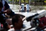 2011_adragaj_Thai_floods_053