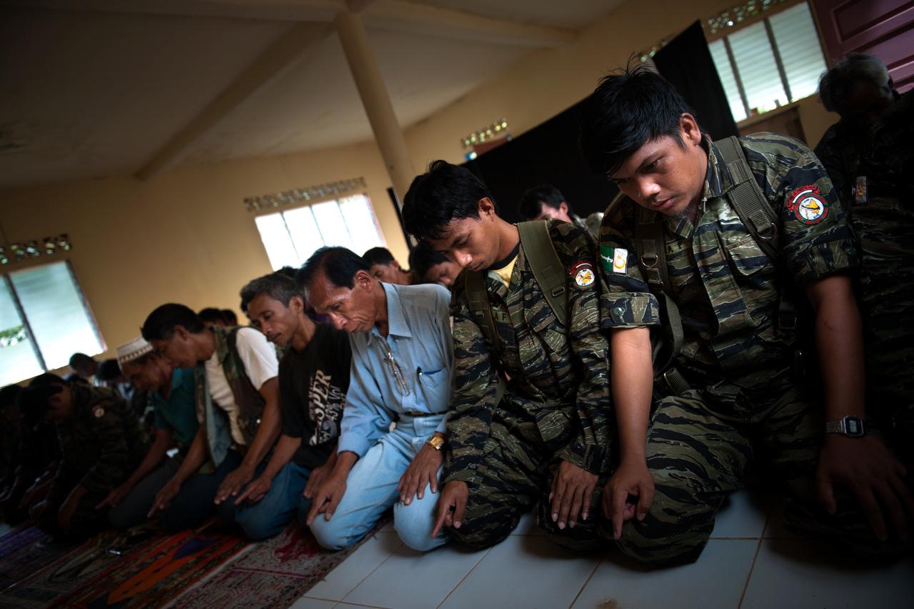 Mindanao_rebels_016