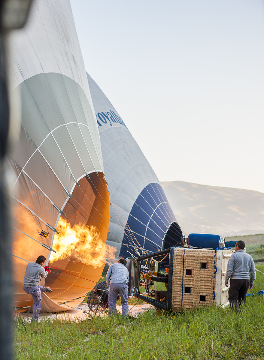 firing_up_ballon