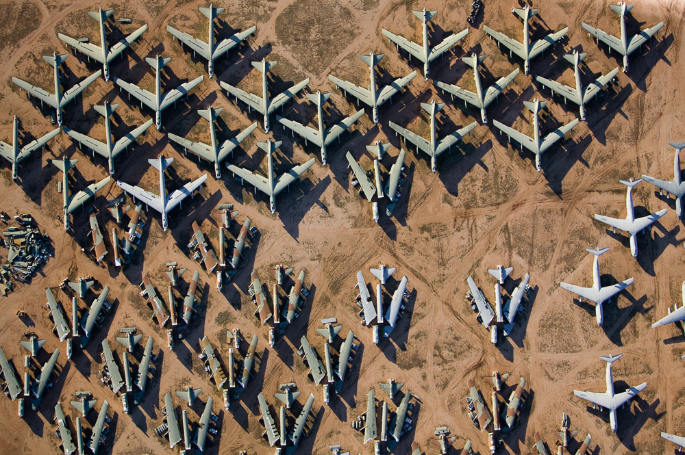 B1 Bombers, Boneyard Revisited, Tucson, Arizona 2004 (041216-0276)