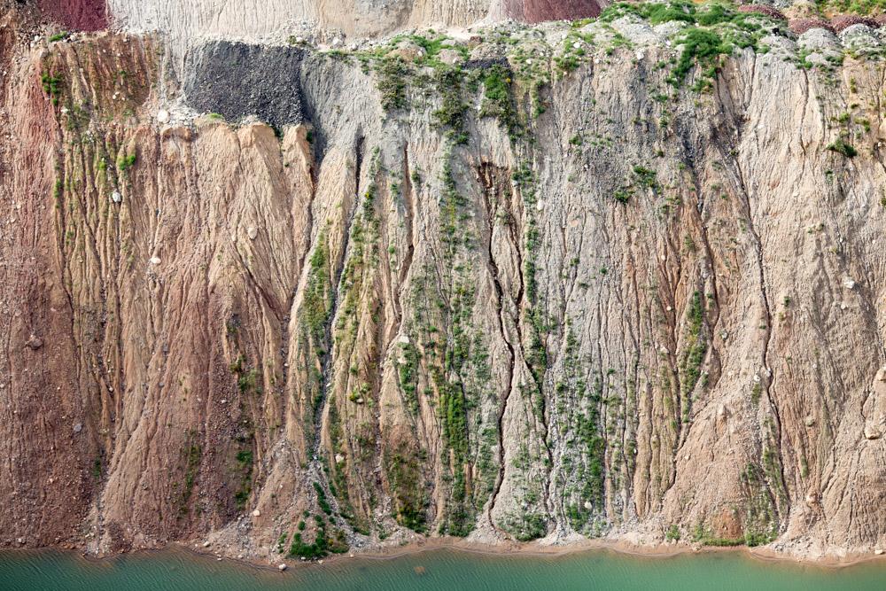 Cliffside Rivulets, Mountain Iron, Minnesota 2014 (140826-0415)