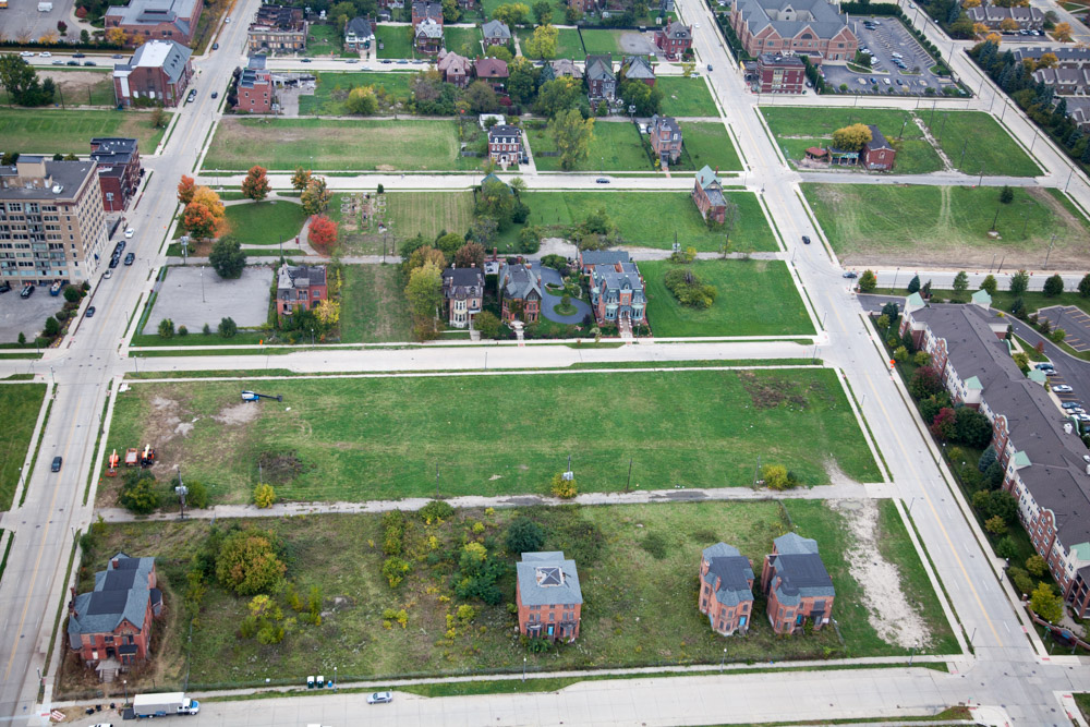 Woodward East Historic DistrictBrush Park, Detroit, MI 2014Digital Capture, File Ref. 141002-0264Published as an essay in the New York Times Sunday Review, December 7, 2014