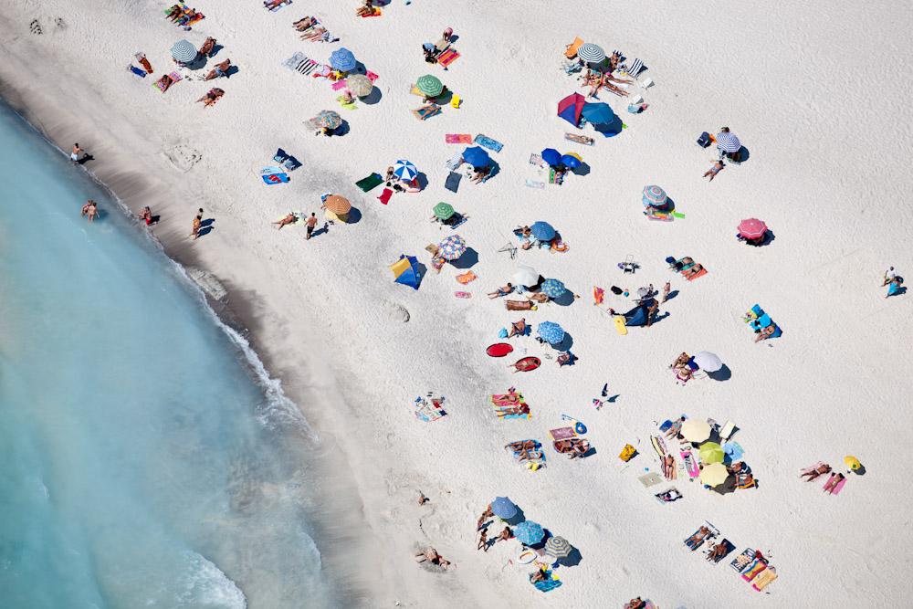 Beach Sunning II, Spiagge Beach, Rosignano Marittimo, Italy 2007 (070801-0416)