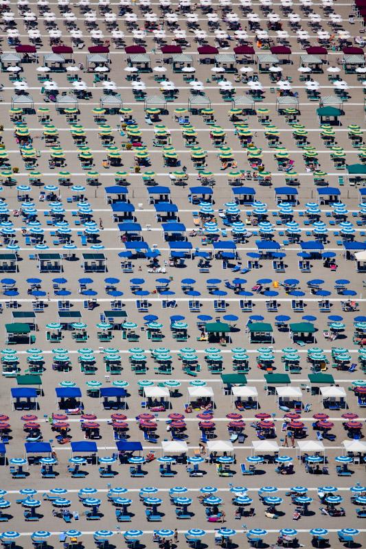 Umbrella Territory, Viareggio, Italy 2010 (100605-0380)