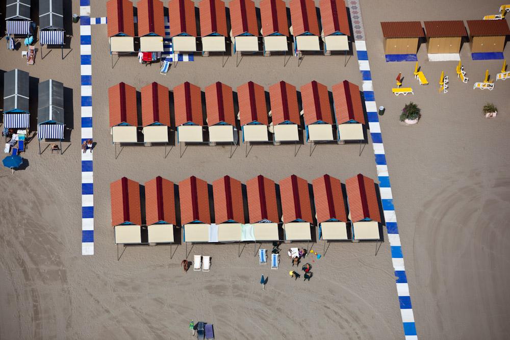 Cabana Layout, Lido di Venezia, Italy 2010 (100902-0405)