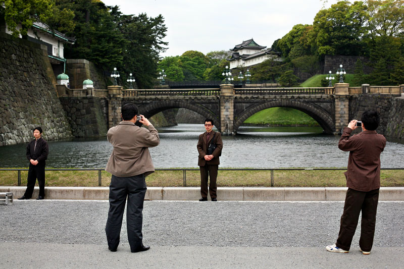 bridge, palace, tourists, camera, posing, portrait, gravel, water, trees, Japan