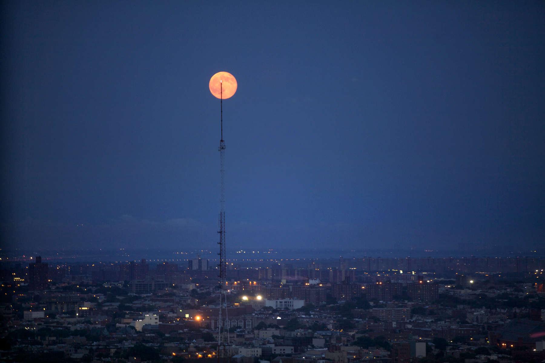 Super moon over Brooklyn, NY