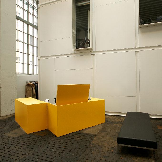 (ris-chabloz 2003-2005)Projet:Halle F - Transformation d'un immeuble industrielGenève - SuisseSurface:1'620 m2Chef de projet:Bernd HardenMandat:Projet et réalisationCollaboration :Devanthery - Lamuniere architects - CHPhilippe Meyer architects - CH