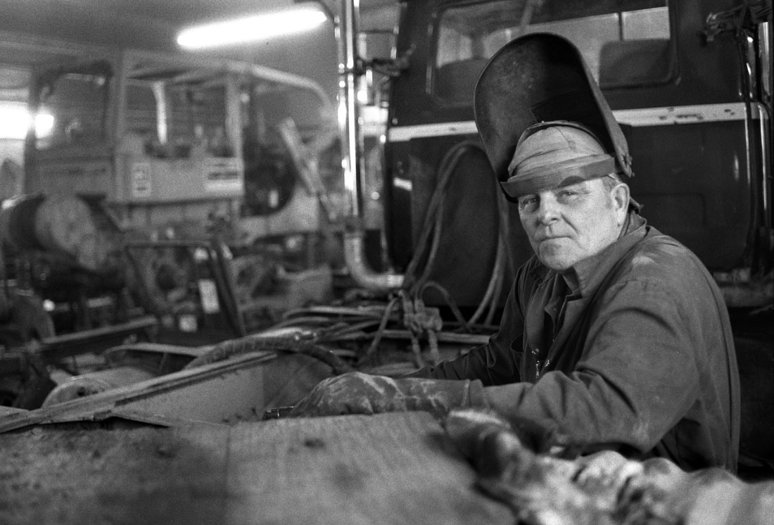 heavy machinery welderYellowknife, Canada