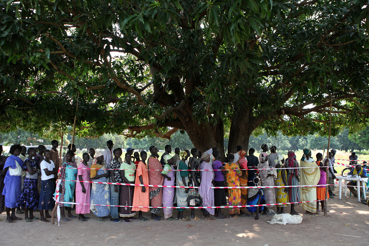 5.	At the Jur River East Bank Referendum Centre on the outskirts of Wau, the queues are so long that Registration Officials must organize men and women into separate lines. On November 23, 91,000 people in Western Bahr el Ghazal had already registered to vote, and Referendum Officials expect over 200,000 by the end of the registration period on December 8. The Referendum is an opportunity for the South Sudanese people to cast their vote for self-determination, and either stay united with the Republic of Sudan or secede and form their own state. After independence on July 9, 2011, South Sudan became the 54th African nation.
