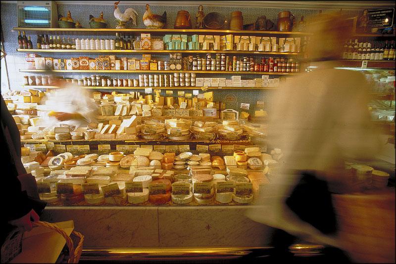 Cheese shopFountainbleau, France