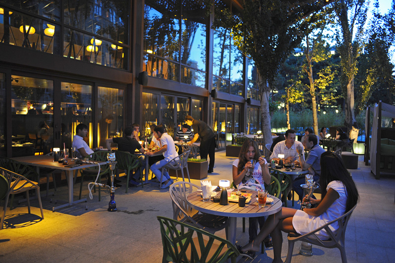 BAKU, AZERBAIJAN.  The outdoor patio lounge of the Chinar restaurant, a favorite restaurant among the local and expat elite and of Azerbaijan President Ilham Aliyev, on July 18, 2010.  Chinar is owned by a relative of Aliyev.
