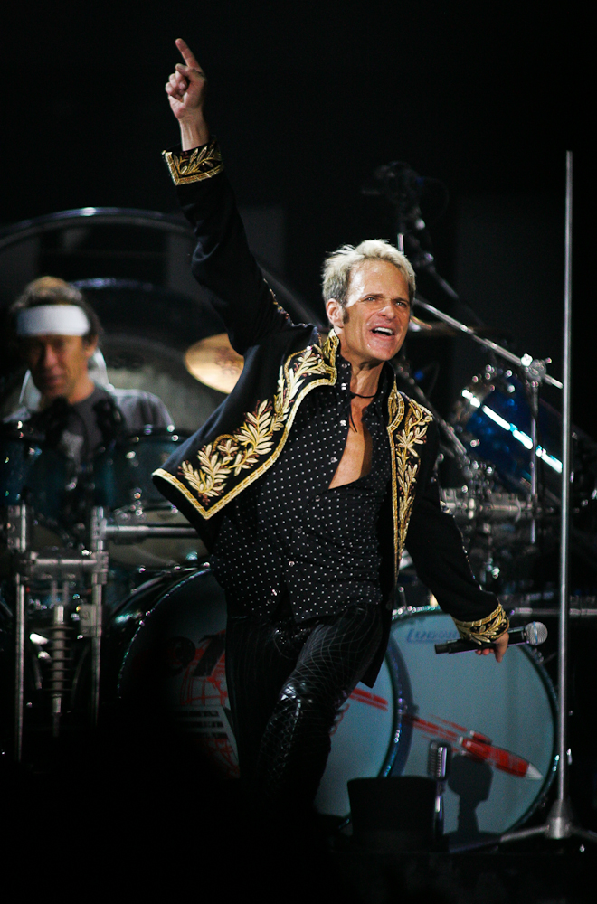Singer David Lee Roth performs \{quote}I\'m The One\{quote} during Van Halen\'s concert Thursday (9/27/07) night at Charlotte Bobcats Arena in uptown Charlotte, N.C (AP Photo/Jason E. Miczek).