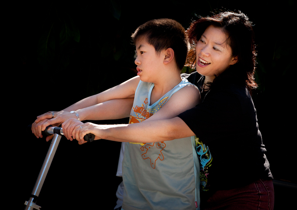 IMG_4819.CR2 - Monterey Park, CA resident Jenny Chiu and her sons Matthew, 14, and Milton, 11, at their California home and around town Sunday, July 17, 2011.  Photo by JASON E. MICZEK - www.miczekphoto.com