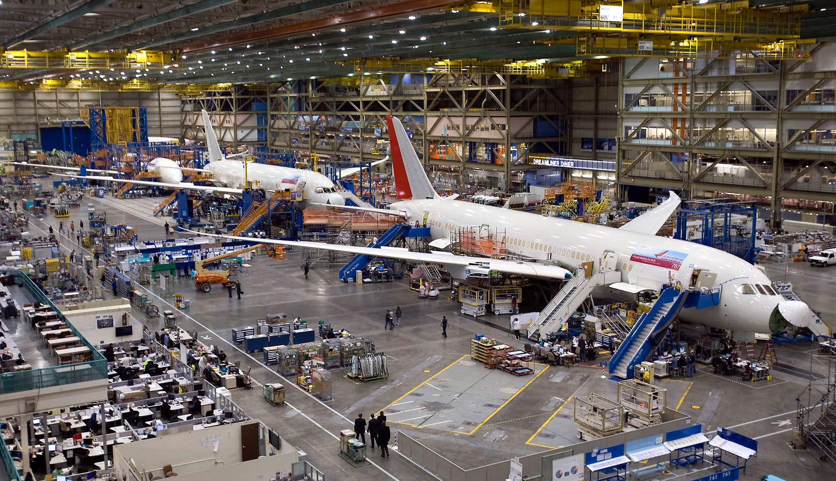 Boeing_787_Assembly