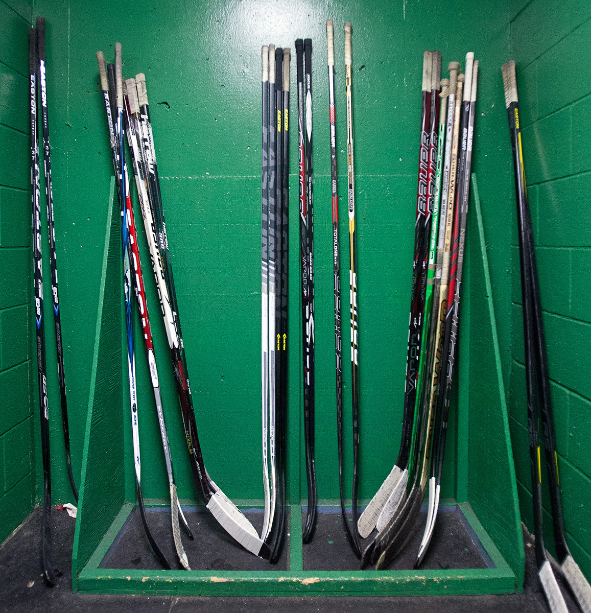 UW_Hockey_Sticks