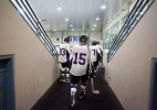 UW_Hockey_Tunnel