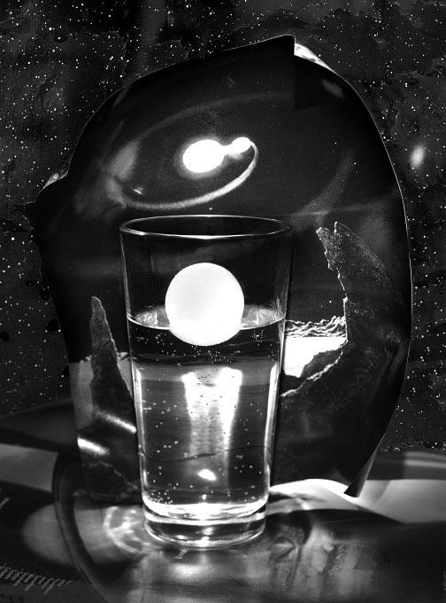 u-PlanetInAGlass-grayscale