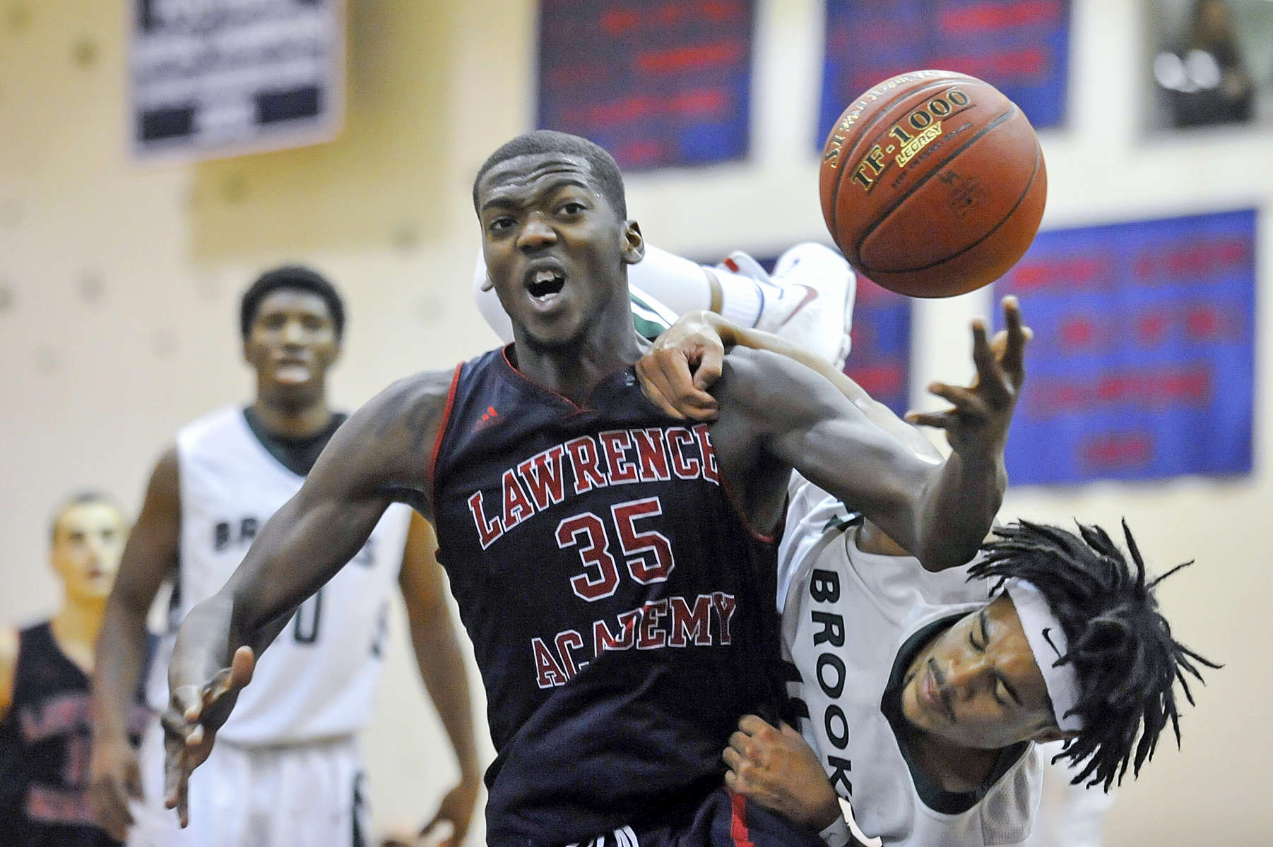 LA boys' basketball v. Brooks.Jon Chase photo