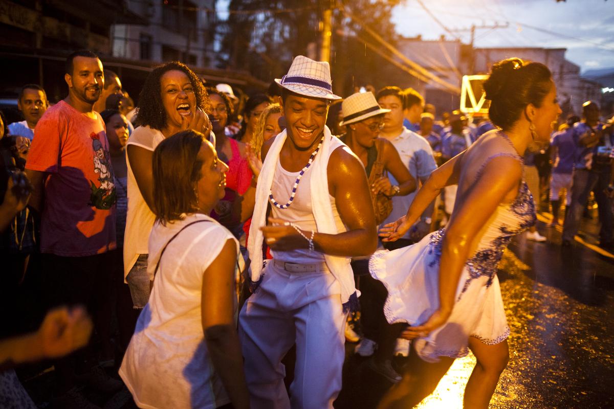 favela010_20130113samba476
