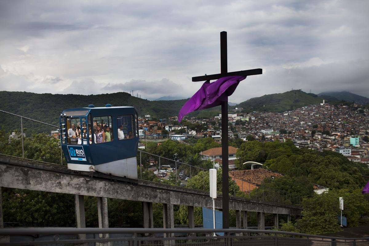 favela040_20130324penha194