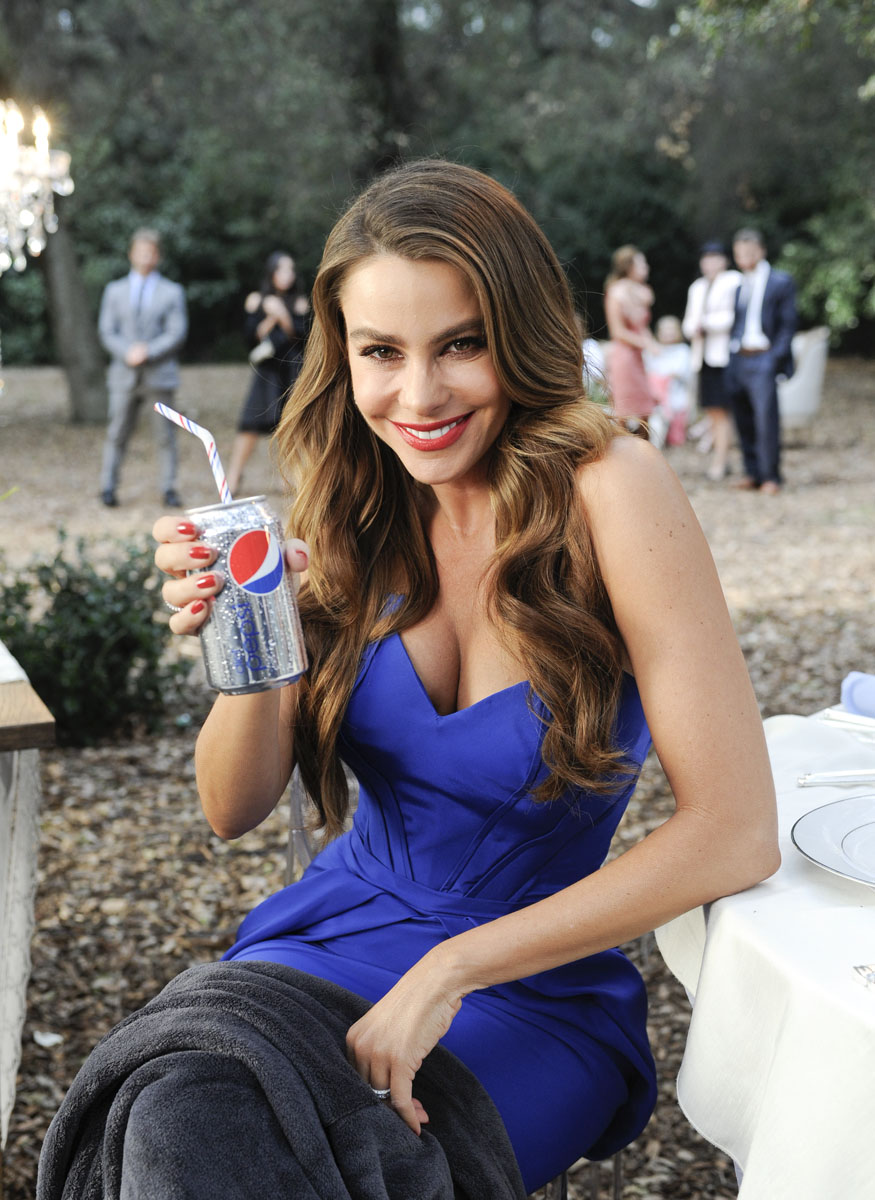 On set with Sofia for Pepsi