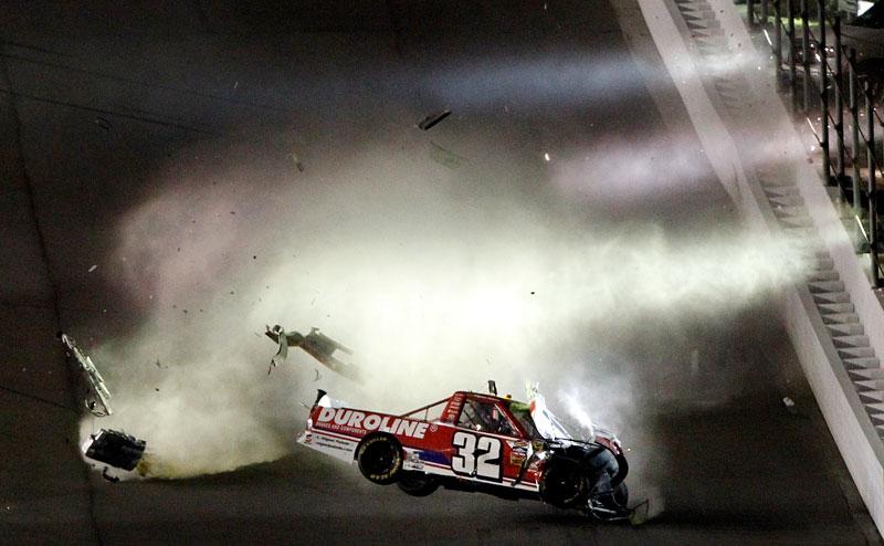 Daytona-Crash-1
