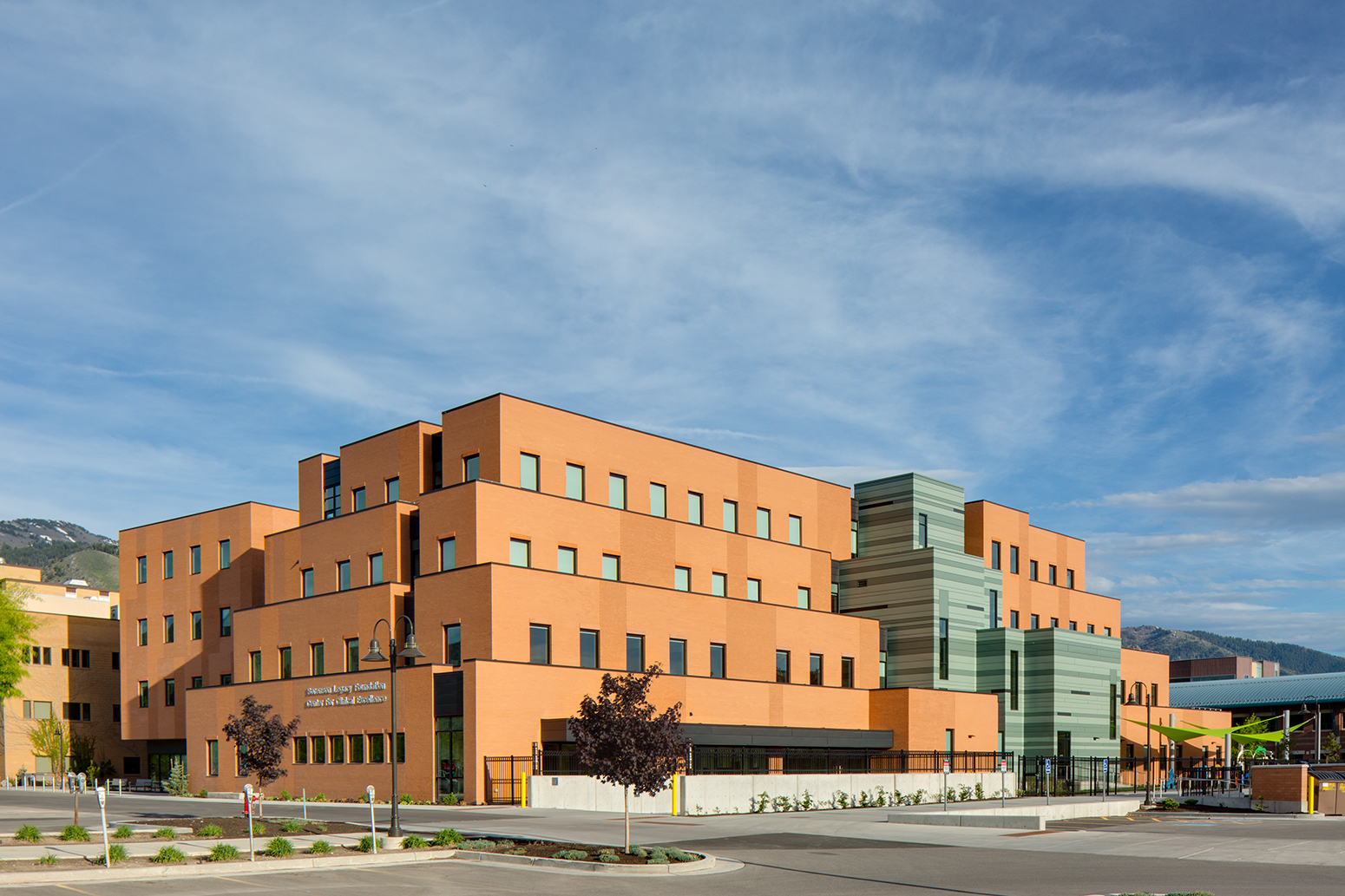 Sorenson Legacy Foundation for Clinical Excellence, Utah State University. Jacoby Architects.Architectural Photography by: Paul Richer / RICHER IMAGES