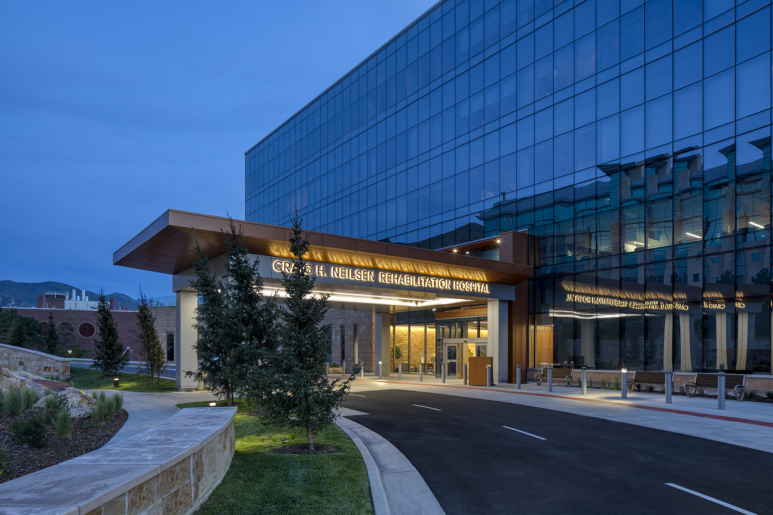 Craig H. Nielsen Rehabilitation Hospital for FFKR & HDR Inc.Architectural Photography by: Paul Richer / RICHER IMAGES