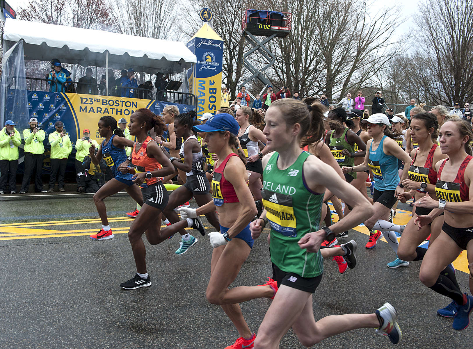 4/15/19--HOPKINTON-- The elite women start at the Boston Marathon Monday. [Daily News and Wicked Local Staff Photo/Art Illman]