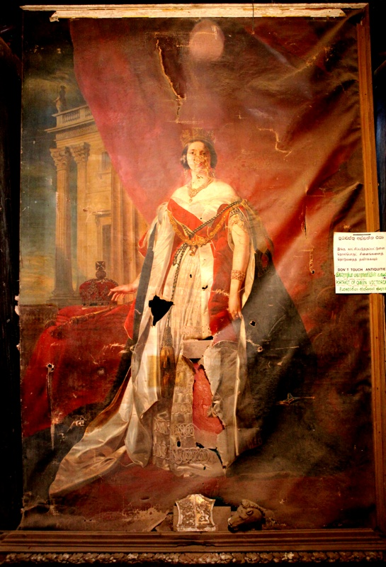 Queen Victoria Painting 1846   War Damage  Jaffna