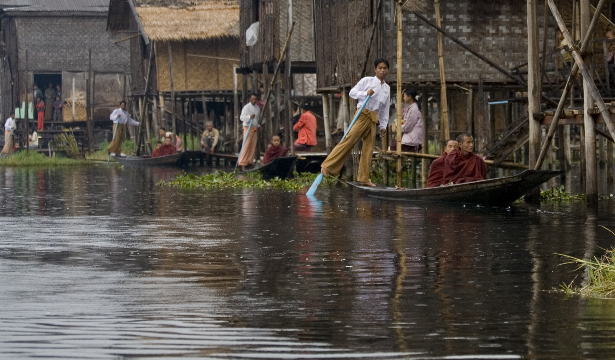 Inle Lake Alms  Myanmar