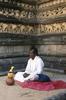 Kelaniya-Meditating-w-Oil-Lamp--Adams40