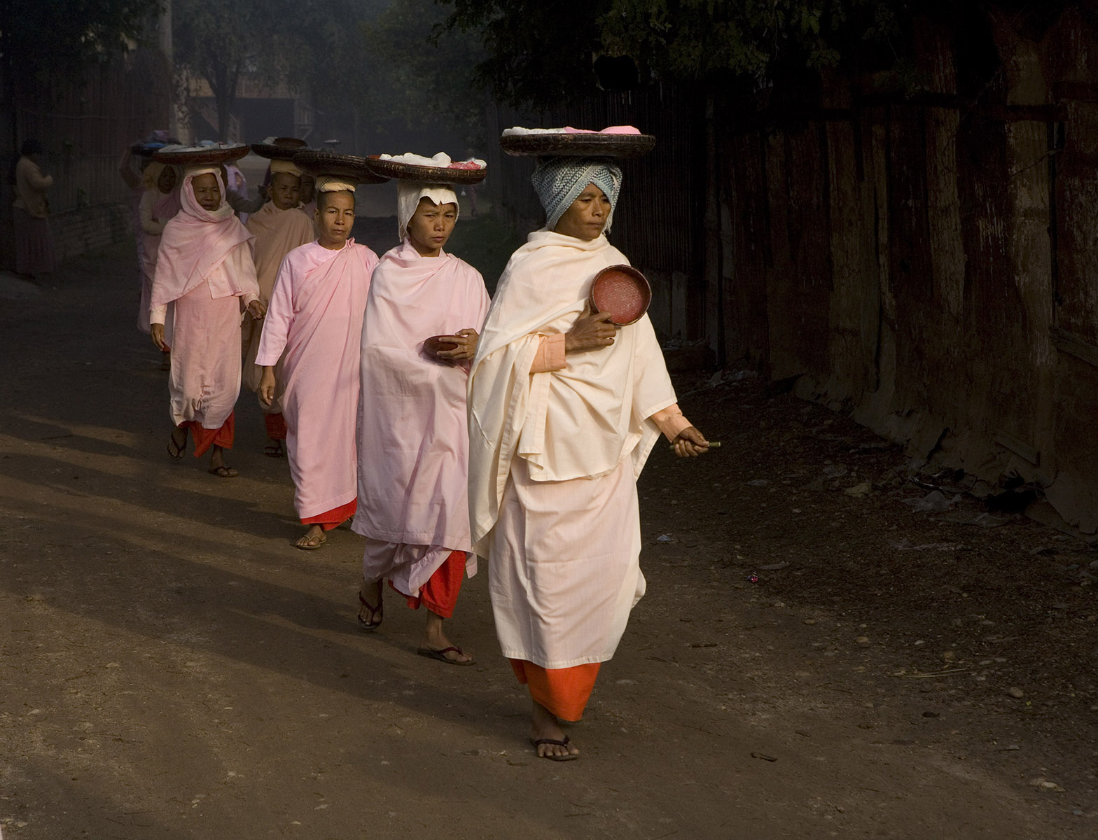Buddhist Nuns Evening Alms   Myanmar