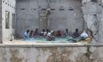 Repairing-Nets-Jaffna-20141123_8637