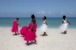 Six-Girls-on-the-Diani-Beach-Wedding-9W2A8251