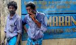 WS-Two-Men-Smoking-After-Work-20110114_0759