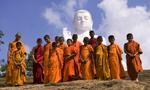 ws-Monks-Standing--at-White-Buddha-P