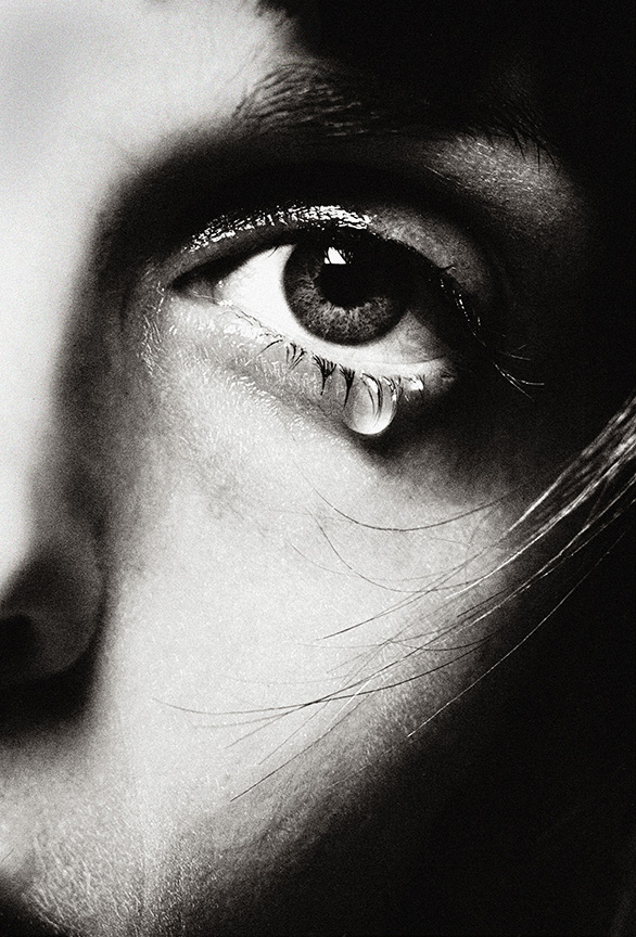 iris_tear2