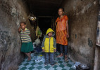 Living in a bunker - Port Moresby PNG© Brian Cassey
