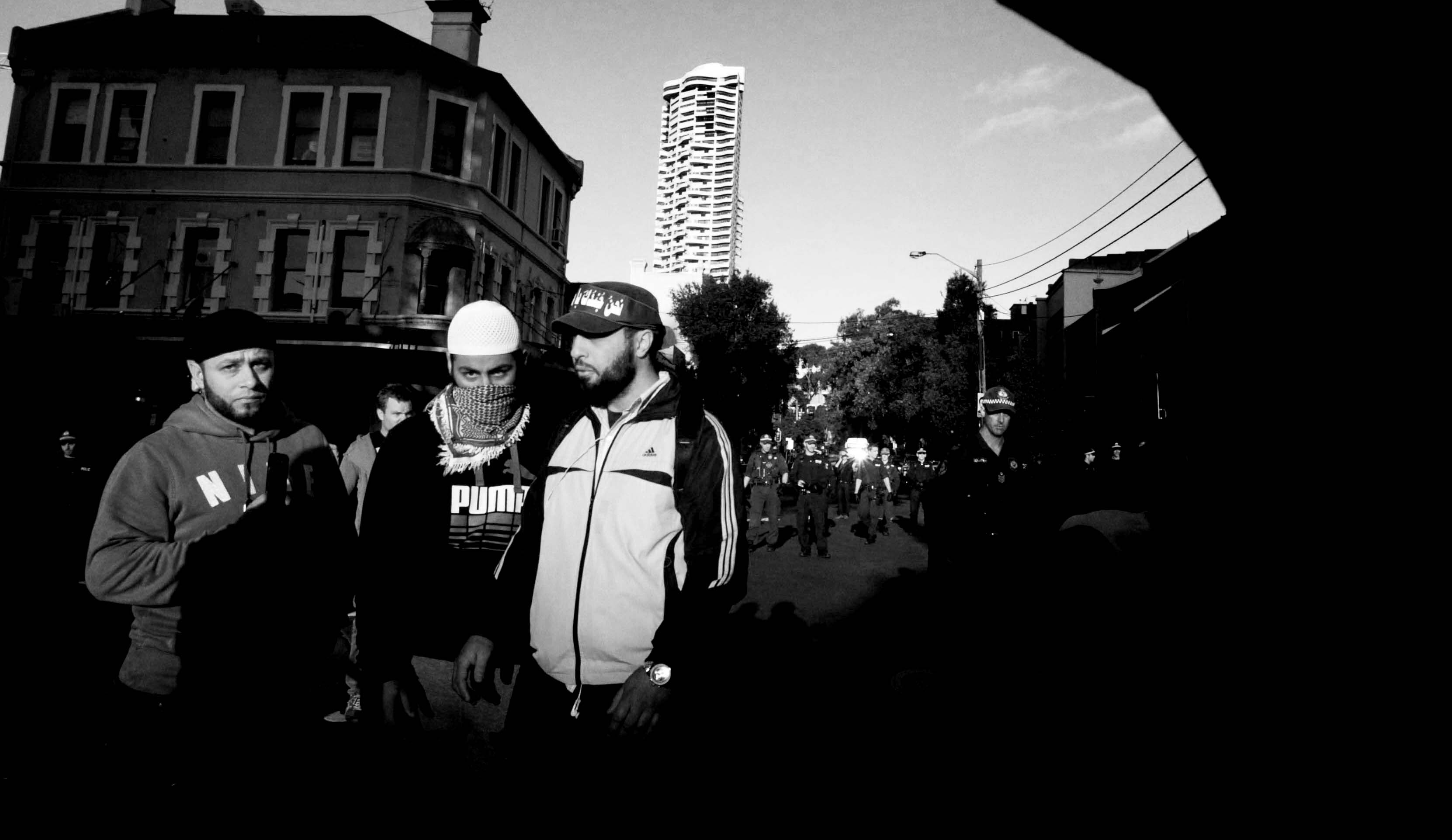© SAM MOOY - 15.08.2012 -  Protestors on the streets in Kings Cross, Sydney after a protest against an anti-Islam film 'Innocence of Muslims'. While the protest started peacefully, violent confrontations between police and protesters began when protesters reached the U.S. Consulate.
