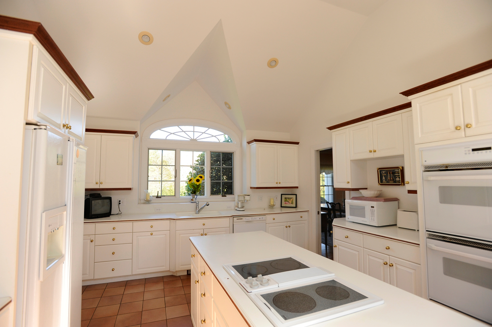 OSTERVILLE -- 042912 -- The kitchen at 205 Seapuit Road during an open house on Sunday. Cape Cod Times/Christine Hochkeppel 042912ch06