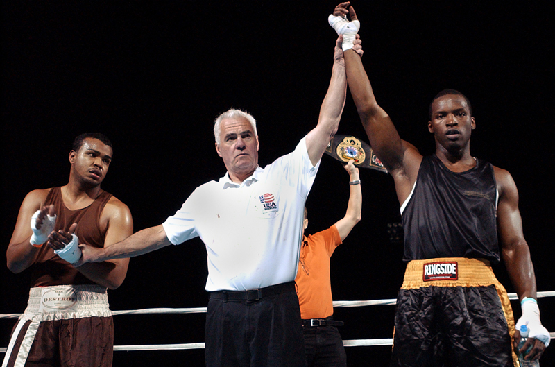 Maurice Cole wins his fight with Pedro Gonzales  during the Rocky Marciano Tournament of Champions on Sunday, October 21, 2007. {quote}It was easy.{quote} Cole said of the fight. {quote}He didn't even try.{quote}