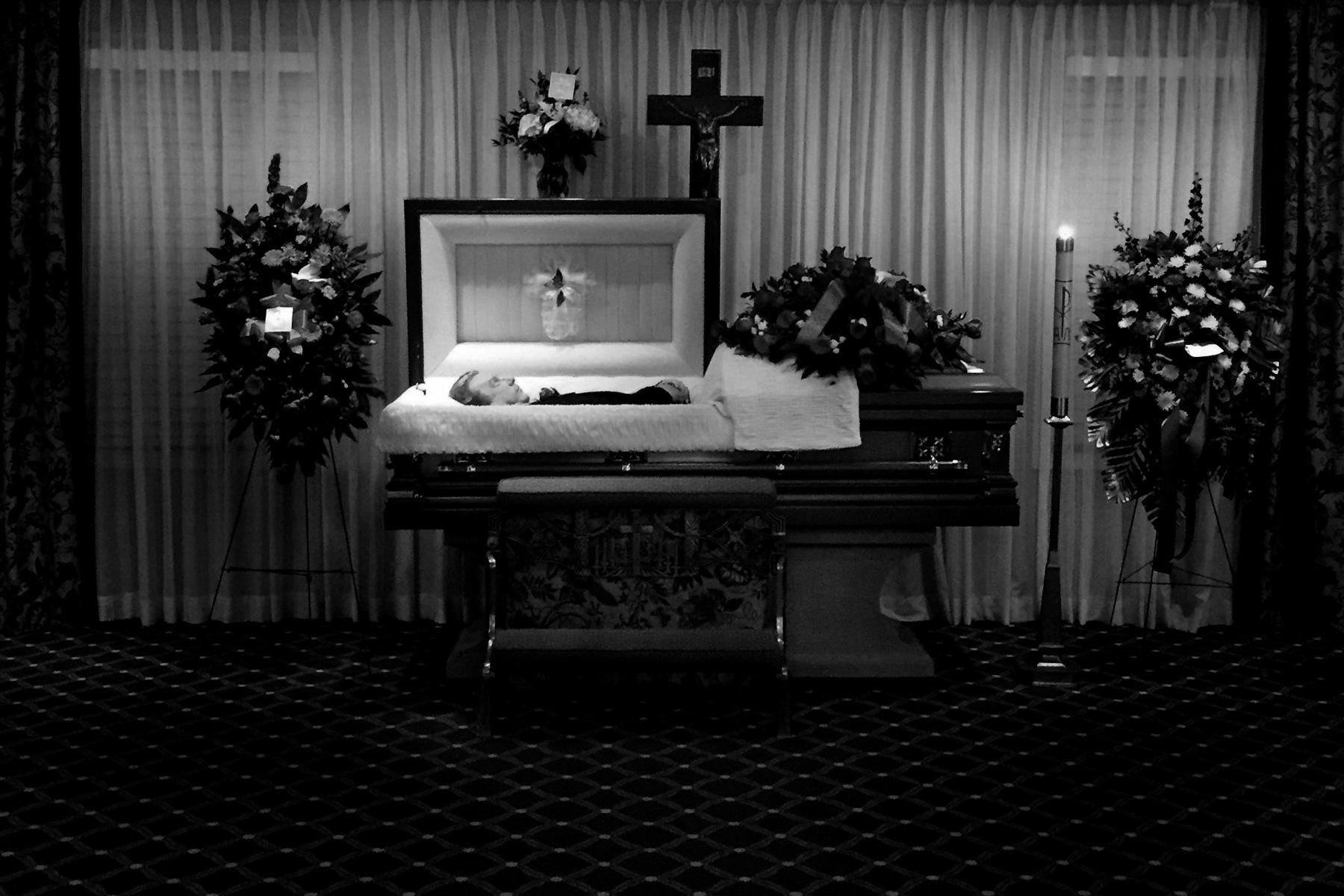 uncle-Steve-casket