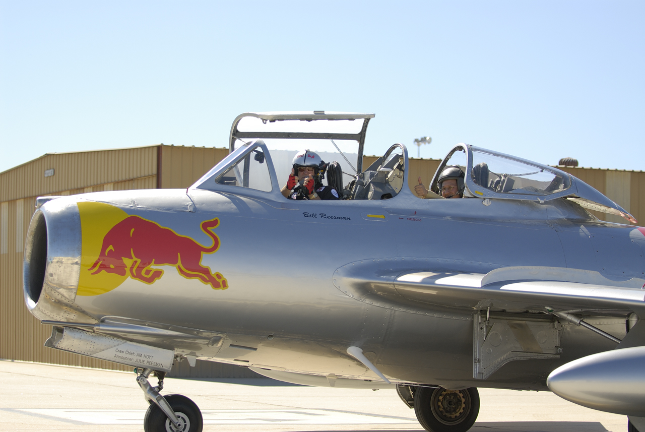 how to become a red bull pilot