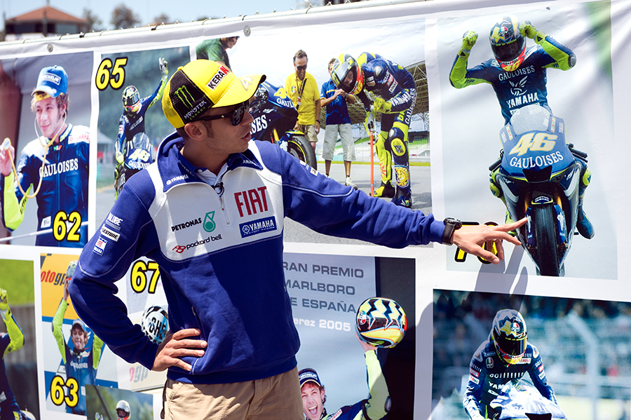 Valentino Rossi with his 100 Victories MuralMotoGP Red Bull U.S. Grand PrixMazda Laguna-Seca Raceway 2009