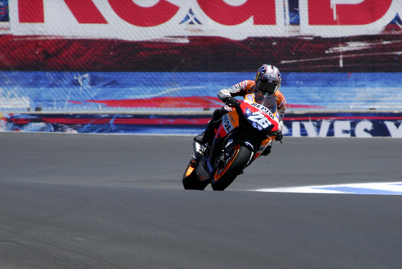 July 2007 - Laguna-Seca MotoGP 2006-2007Entering {quote}The Corkscrew{quote}
