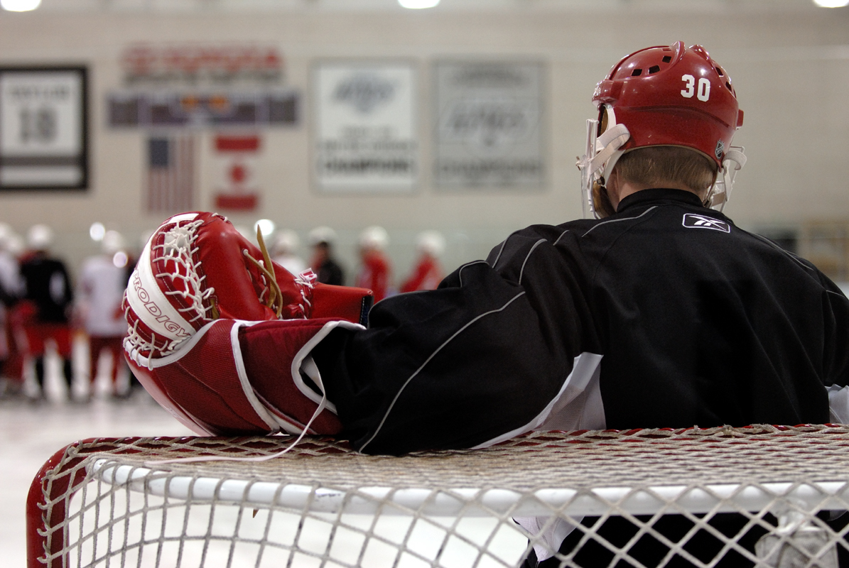 October 2006 - Detroit Red WingsNHL Hockey Goalie Chris Osgood prepares himself as the Detroit Red Wings practice in Los Angeles, California.© jason arnold / jasonarnoldphotography.com